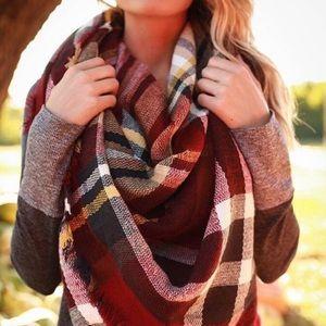 💃🏻 Plaid Blanket Scarf